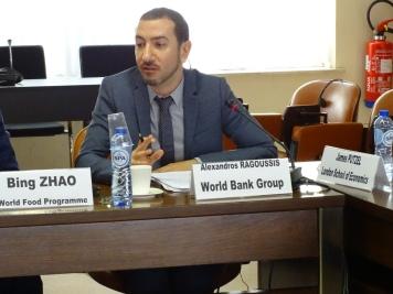 Alexandros Ragoussis, Economiste, Thought Leadership, Economics and Private Sector Development, SFI, Groupe de la Banque mondiale
